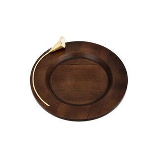 طبق دائري من الخشب