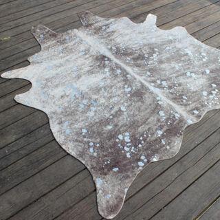 سجادة من جلد صناعي تصميم جلد البقر لون حجري  150*200 سم من كوتاج